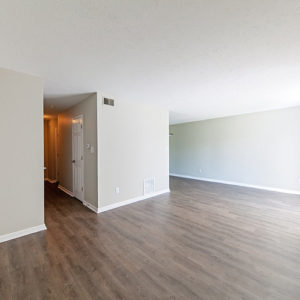 The+Westwood+Dinning+Room+1618+Pecan